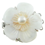 Muschel Schnappschließe, mit kultivierte Süßwasser kernhaltige Perlen & Messing, Blume, 3-Strang, 39x33x14mm, Bohrung:ca. 1.5mm, verkauft von PC