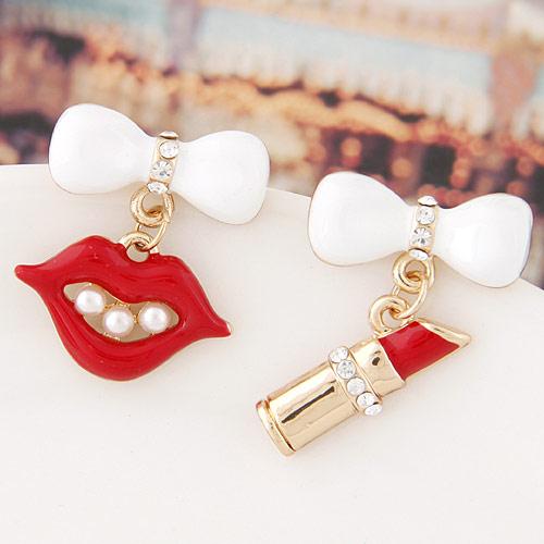 asymmetrische Ohrringe, Zinklegierung, goldfarben plattiert, Emaille, rot, frei von Blei & Kadmium, 26x17mm,24mm, verkauft von Paar