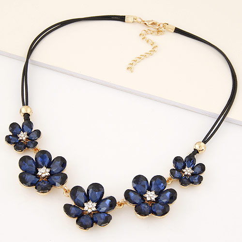 Buy Zinc Alloy Jewelry Necklace Glass Flower gold color plated lead & cadmium free 400mm Sold Per 15.75 Inch Strand
