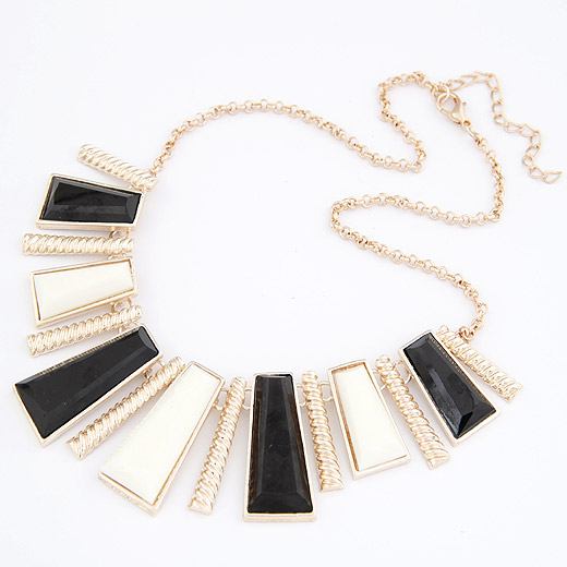 Buy Fashion Statement Necklace Zinc Alloy Resin Trapezium gold color plated lead & cadmium free 400x150x37mm Sold Per Approx 15.75 Inch Strand