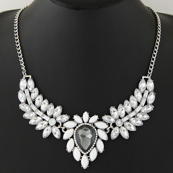 Buy Zinc Alloy Jewelry Necklace Resin Flower platinum color plated faceted lead & cadmium free 400mm Sold Per Approx 15.75 Inch Strand