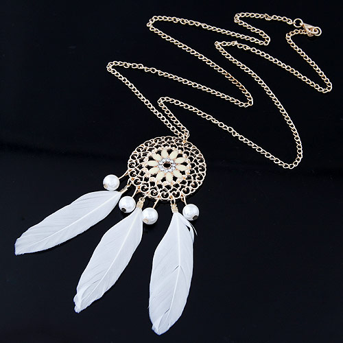 Zinklegierung Pullover Halskette, mit ABS-Kunststoff-Perlen & Feder, goldfarben plattiert, Twist oval, weiß, frei von Blei & Kadmium, 700x105x38mm, verkauft per ca. 27.56 ZollInch Strang
