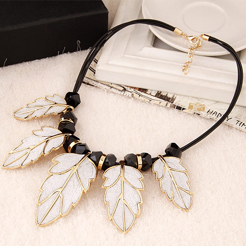 Buy Fashion Statement Necklace Zinc Alloy Resin Leaf gold color plated lead & cadmium free 400x68x35mm Sold Per Approx 15.75 Inch Strand