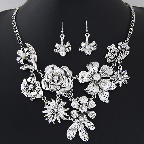 Buy Zinc Alloy Jewelry Sets earring & necklace Flower antique silver color plated rhinestone lead & cadmium free 400x120x90mm 42x18mm Length:Approx 15.75 Inch Sold Set