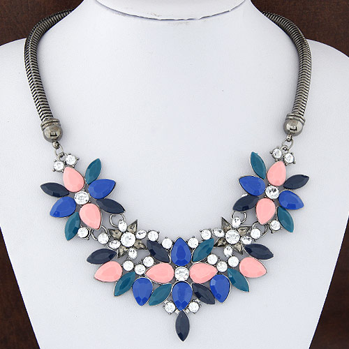 Buy Fashion Statement Necklace Zinc Alloy Resin Flower plumbum black color plated rhinestone lead & cadmium free 50x120mm Sold Per Approx 15.75 Inch Strand