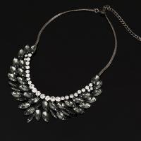 Glasperlen Halsketten, Zinklegierung, mit Eisenkette & Glas, mit Verlängerungskettchen von 5cm, metallschwarz plattiert, Twist oval & für Frau, frei von Blei & Kadmium, 50mm, verkauft per ca. 14.5 ZollInch Strang
