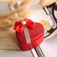 Hochzeit Süßigkeitenkasten, Eisen, Herz, plattiert, verschiedene Größen vorhanden & mit Dekoration von Bandschleife, gemischte Farben, 10PCs/Menge, verkauft von Menge