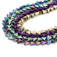 Nicht-magnetische Hämatit Perlen, Non- magnetische Hämatit, Dreieck, plattiert, keine, 6x7mm, Bohrung:ca. 1mm, ca. 60PCs/Strang, verkauft per ca. 14 ZollInch Strang