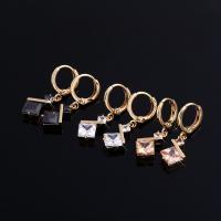 Huggie Hoop Drop Ohrringe, Messing, vergoldet, für Frau & mit kubischem Zirkonia, keine, frei von Nickel, Blei & Kadmium, 8x28mm, verkauft von Paar
