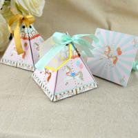 Hochzeit Süßigkeitenkasten, Papier, Dreieck, Hochzeitsgeschenk & verschiedene Stile für Wahl, 72x72x80mm, 100SetsSatz/Menge, verkauft von Menge