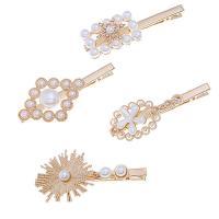 Schnabelspange, Zinklegierung, mit Kunststoff Perlen, verschiedene Stile für Wahl & für Frau, goldfarben, frei von Nickel, Blei & Kadmium, 2.5cm*8cm,4cm*8cm,2.8cm*8cm,4cm*8cm, verkauft von setzen