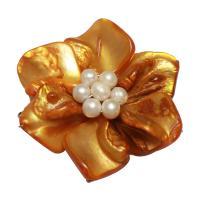 Gelbe Muschel Schmuckverbinder, mit Natürliche kultivierte Süßwasserperlen, Blume, silberfarben plattiert, 3/3-Schleife, gelb, 49x19mm,5mm, Bohrung:ca. 2.5mm, verkauft von PC