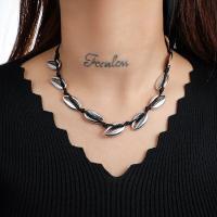 Muschel Halskette, Zinklegierung, mit Nylonschnur & Muschel, plattiert, für Frau, keine, frei von Nickel, Blei & Kadmium, verkauft von Strang