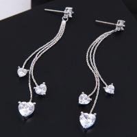 Messing Tropfen Ohrringe, mit kubischer Zirkonia, Edelstahl Stecker, plattiert, für Frau, keine, frei von Nickel, Blei & Kadmium, 68*10mm, verkauft von Paar