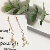 Zinklegierung Ohrringe, mit Kunststoff Perlen, plattiert, verschiedene Stile für Wahl & für Frau, frei von Nickel, Blei & Kadmium, 90*18mm, verkauft von Paar